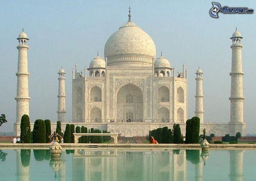 Taj Mahal, water